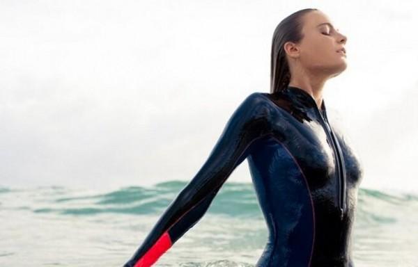 Alana-blanchard-surf-15