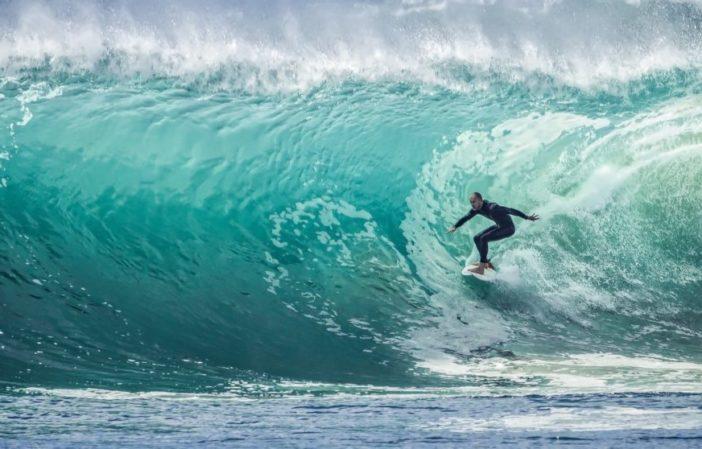 Comment prendre une vague en surf ?-vagueo3